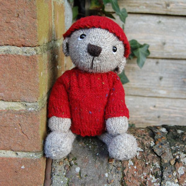 Samuel, our Jacob wool teddy bear, looking cosy in his hand hat and jumper
