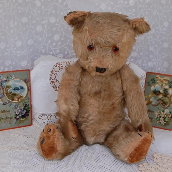 1930s Chiltern Hugmee teddy bear