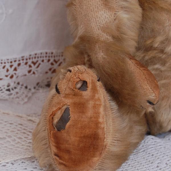 Goerge's worn foot pad