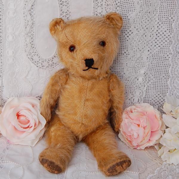 Sweet little 1940/50 Chiltern teddy bear