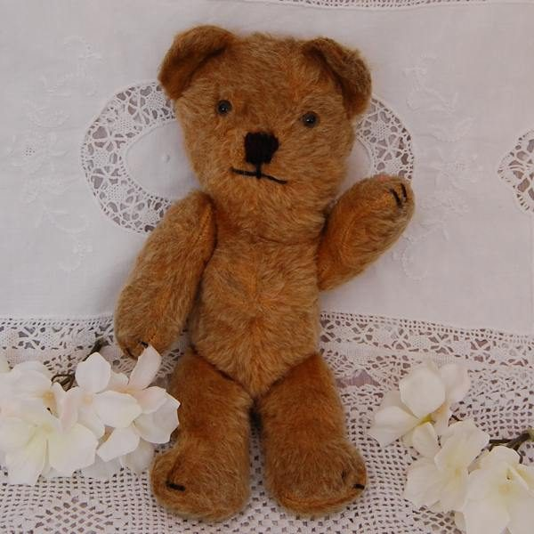 Adorable little 1940s teddy bear