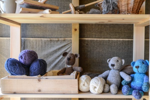 Teddy bears, wool and hand spinning