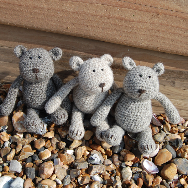 Adorable characters! Auskerry North Ronaldsay wool crochet teddy bears