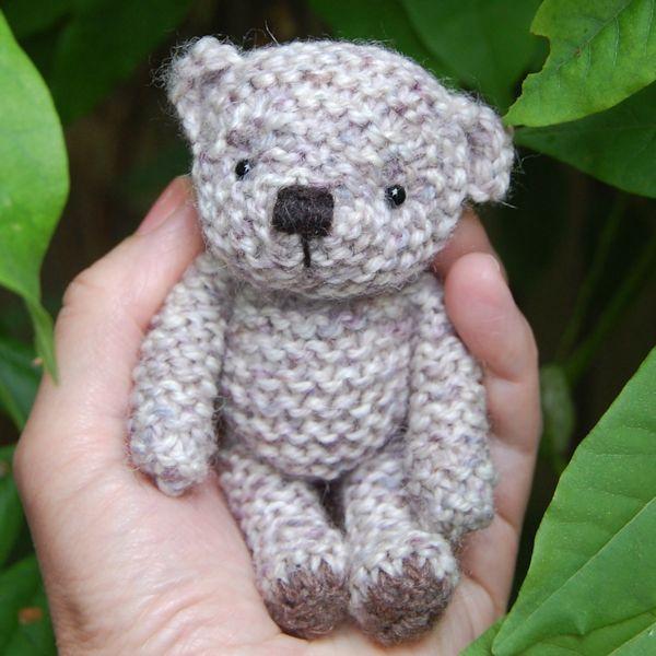 Little Alwyn hand knitted in pure Shetland Island hand dyed tweed wool