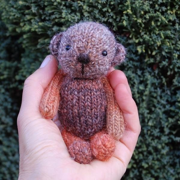 Little Russet hand knitted in bespoke Autumnal shades of hand dyed wool