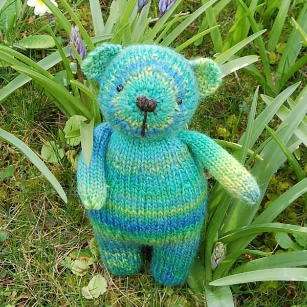Cute little Spinach knitted from hand dyed Bluefaced Leicester wool