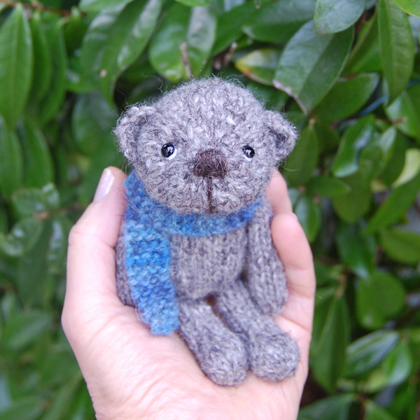 Adorable little Douglas haand knitted in pure Auskerry North Ronaldsay wool and measuring just 5 inches