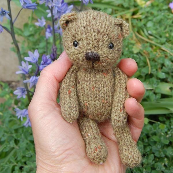 Tweed wool teddy bear - Fern