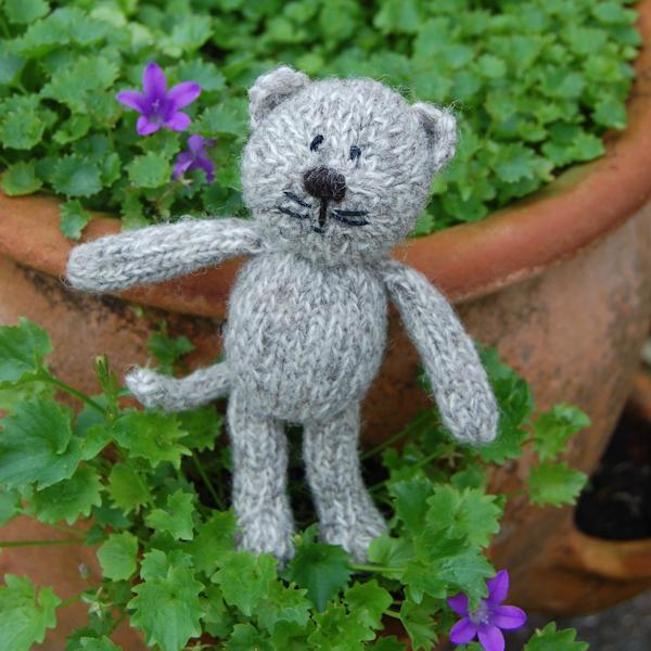 Cute little Shetland wool knitted cat
