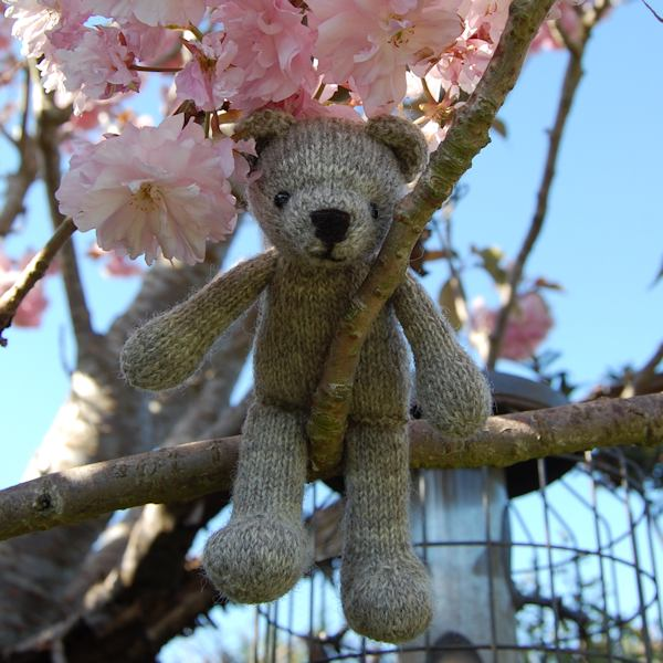 Little tree climbing Gwilym hand knitted in organic Romney wool