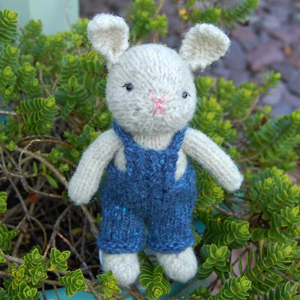 hand-knitted-rabbit-in-swaledale-wool